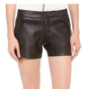 Club Monaco Stephanie Faux Leather Short 00